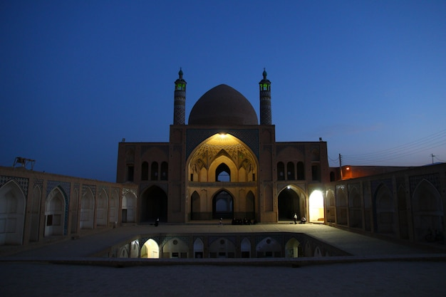 Mesquita de agha bozorg, kashan, irã