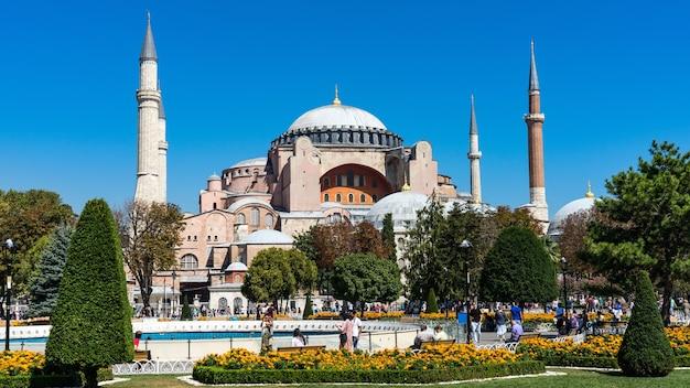 Mesquita de hagia sophia em sultanahmet, istambul, turquia.