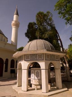 Mesquita em kusadasi turquia