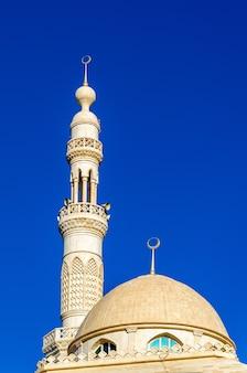 Mesquita masjid al zarawani em al ain - emirados árabes unidos