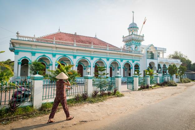 Mesquita vietnamita no delta do mekong