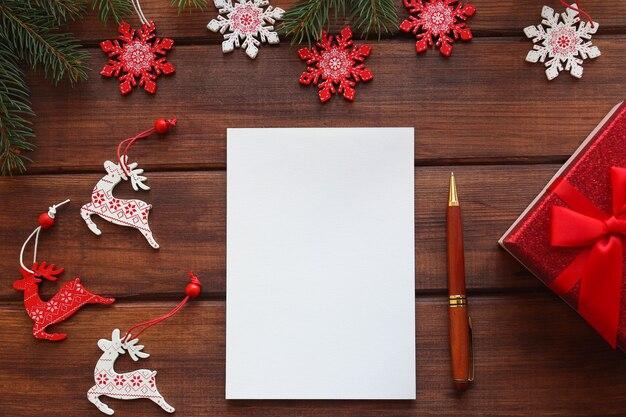 Meta de ano novo ou para fazer lista de ramos de caneta e caderno para escrever metas ou resultados do ano