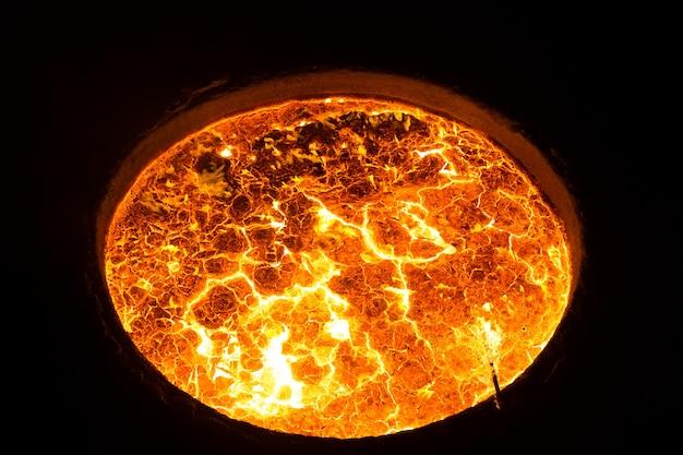 Metal quente na fábrica