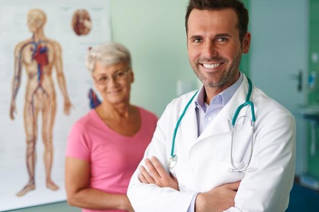 Meus pacientes sempre ficam felizes com minha ajuda