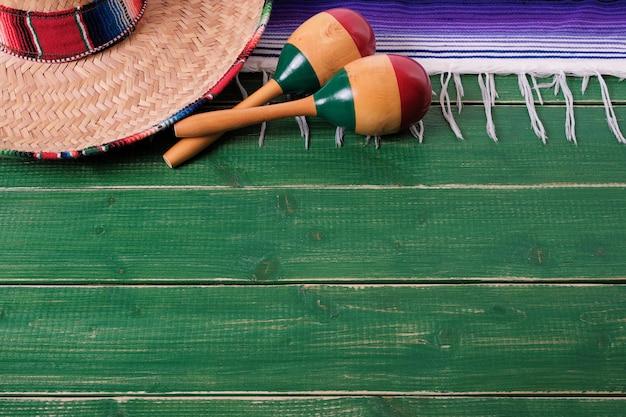 México fundo fronteira sombrero mexicano maracas fiesta madeira