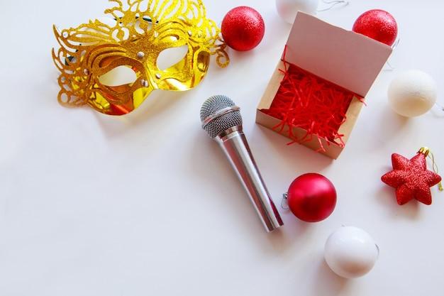 Microfone de compras de natal máscara dourada e brinquedos de natal criatividade musical no ano novo