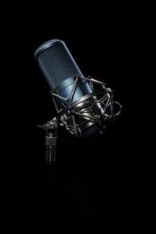 Microfone de estúdio profissional.