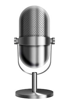 Microfone de metal prata vintage isolado no fundo branco.