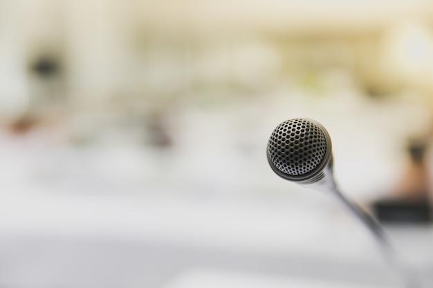 Microfone na sala de reunião