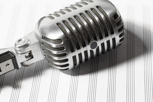 Microfone retro
