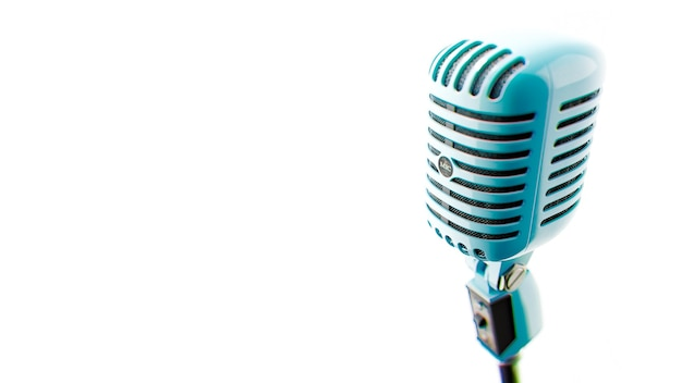 Microfone vintage fotos de um velho microfone de cor azul no fundo branco ilustração 3d