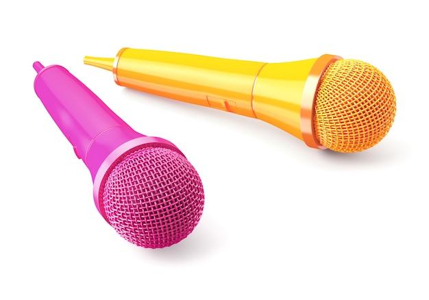 Microfones cor de rosa e amarelos no azul