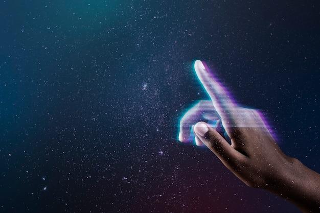 Mídia remixada de mão futurística com fundo de tecnologia inteligente