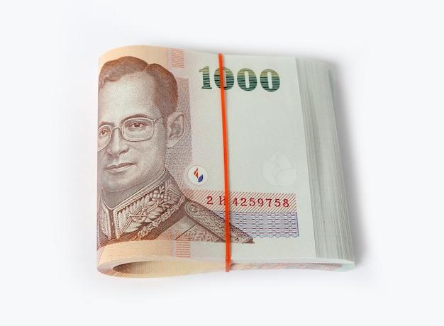 Mil notas de banco tailandesas