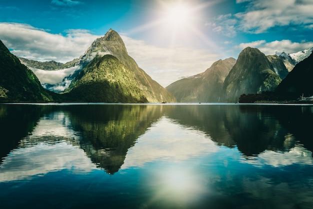 Milford sound na nova zelândia