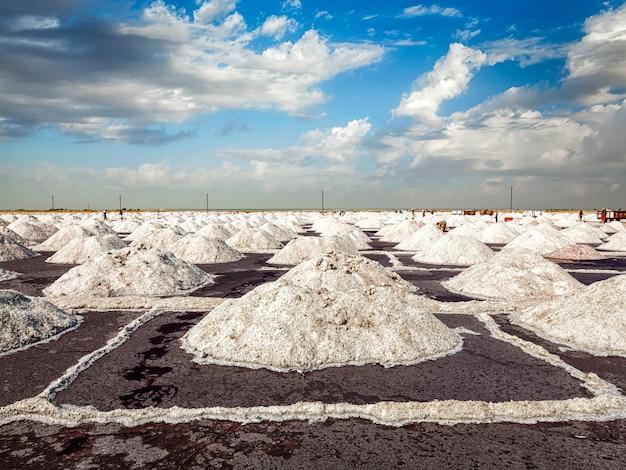 Mina de sal no lago