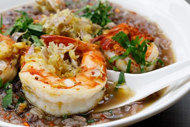 Mingau de camarão com arroz riceberry