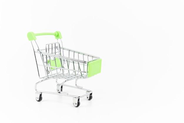 Mini carrinho de compras prata em branco.