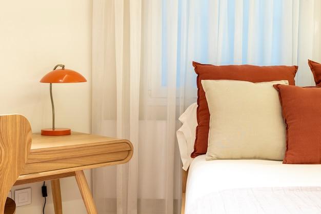 Minimalista elegante e boho home decor interior quarto moderno