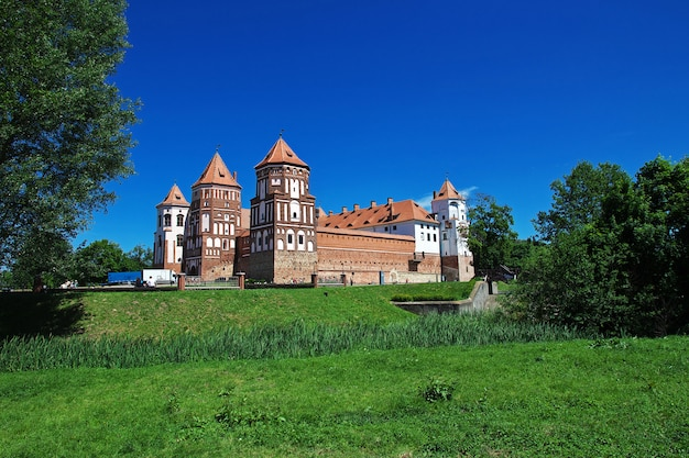 Mir castle no país da bielorrússia