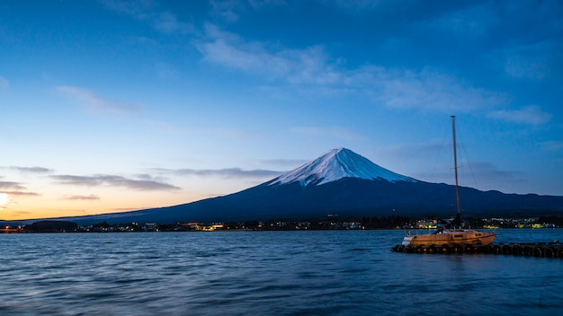 Miradouro com a montanha fuji