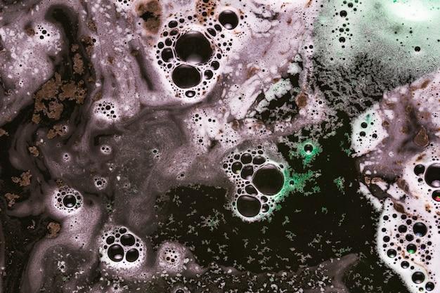 Mistura de espuma marrom e menta