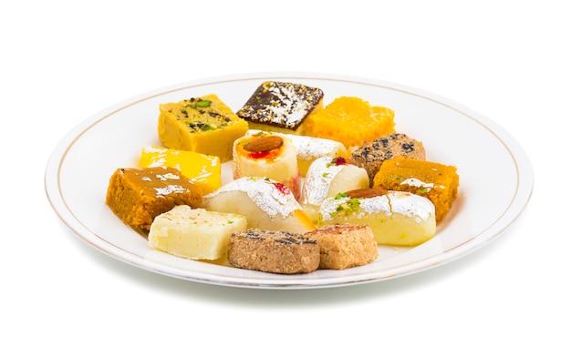Mistura indiana deliciosa comida doce