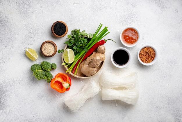 Mistura plana leiga de ingredientes alimentares asiáticos