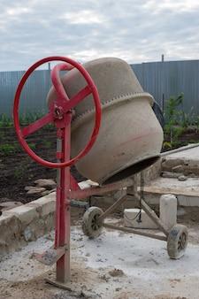 Misturador de cimento concreto manchado