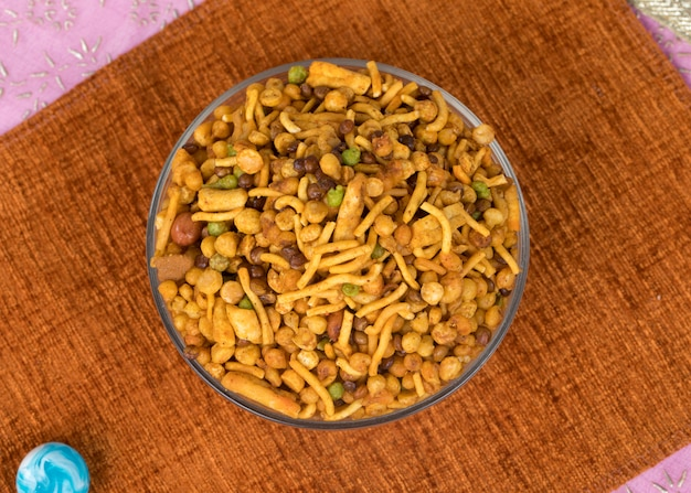 Misture o alimento de namkeen