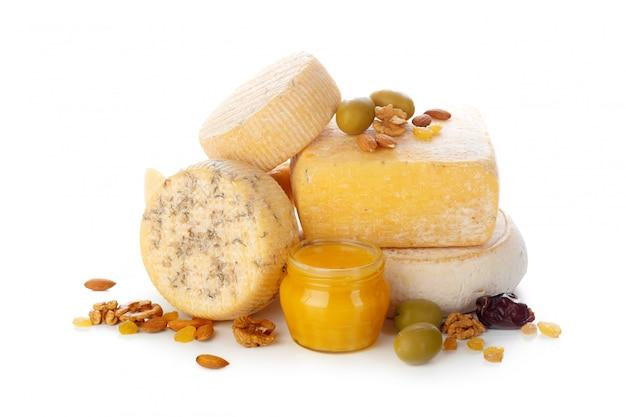 Misture o queijo isolado no branco