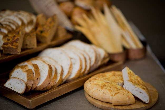 Misture pão, sobremesa de pastelaria, comida
