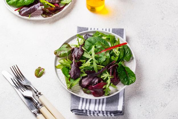 Mix de folhas de salada verde