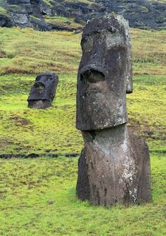 Moais, ranu raraku, ilha de páscoa