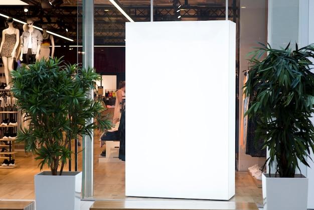 Mock-se caixa de luz dentro da loja