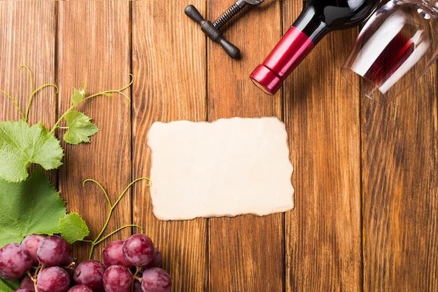 Mock up conceito de vinho de vista superior Foto gratuita