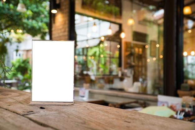 Mock up menu objeto em café e restaurante