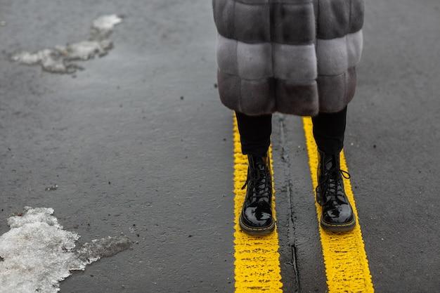 Moda feminina sapatos de couro para o outono