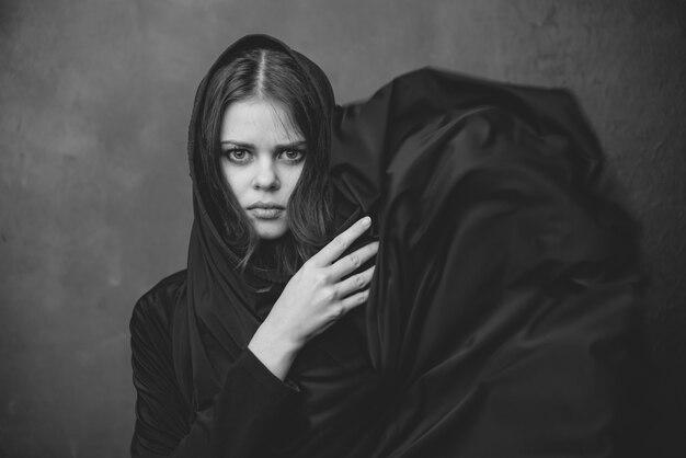 Moda mulher retrato preto e branco