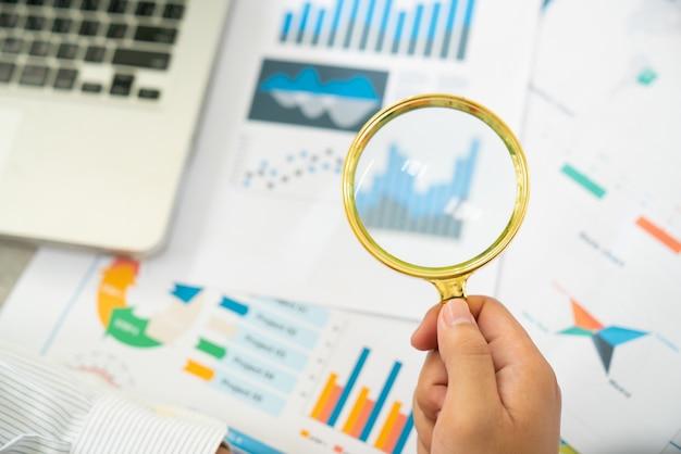 Modelo de apresentação e materiais de marketing.