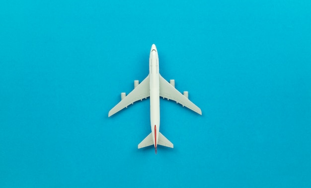 Modelo de avião de vista superior