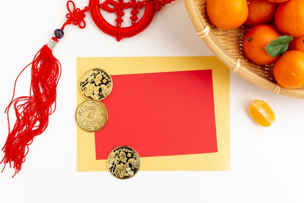Modelo de cartão de ano novo chinês com pingente