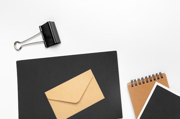 Modelo de identidade corporativa, papel timbrado em branco