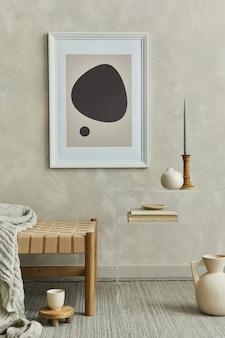 Modelo de interior elegante de sala de estar com modelo de chaise longue e acessórios de moldura de pôster