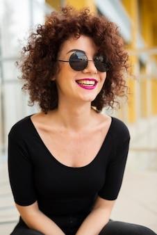 Modelo lindo rindo