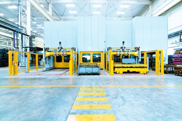 Moderna linha de montagem automatizada para carros