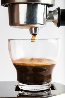 Moderna máquina de café expresso