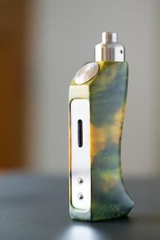 Mods de alta qualidade de caixa de madeira de choupo estabilizado verde amarelo com atomizador de gotejamento reconstruível e ponta de gotejamento, dispositivo de vaporização, equipamento de vaporizador, equipamento de vaporizador, foco seletivo