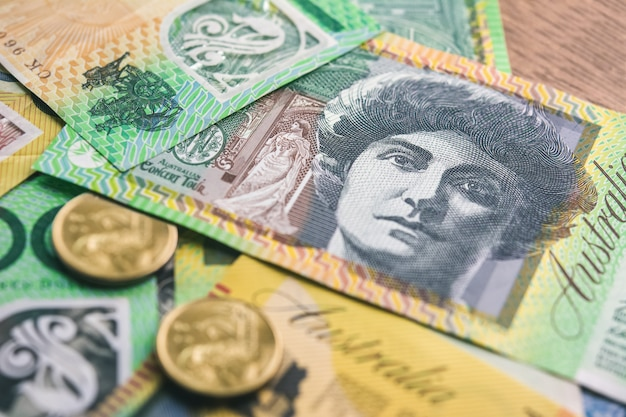 Moeda australiana dinheiro na mesa