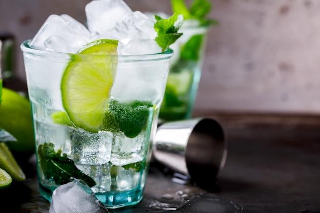 Mojito cocktail.cold bebida.